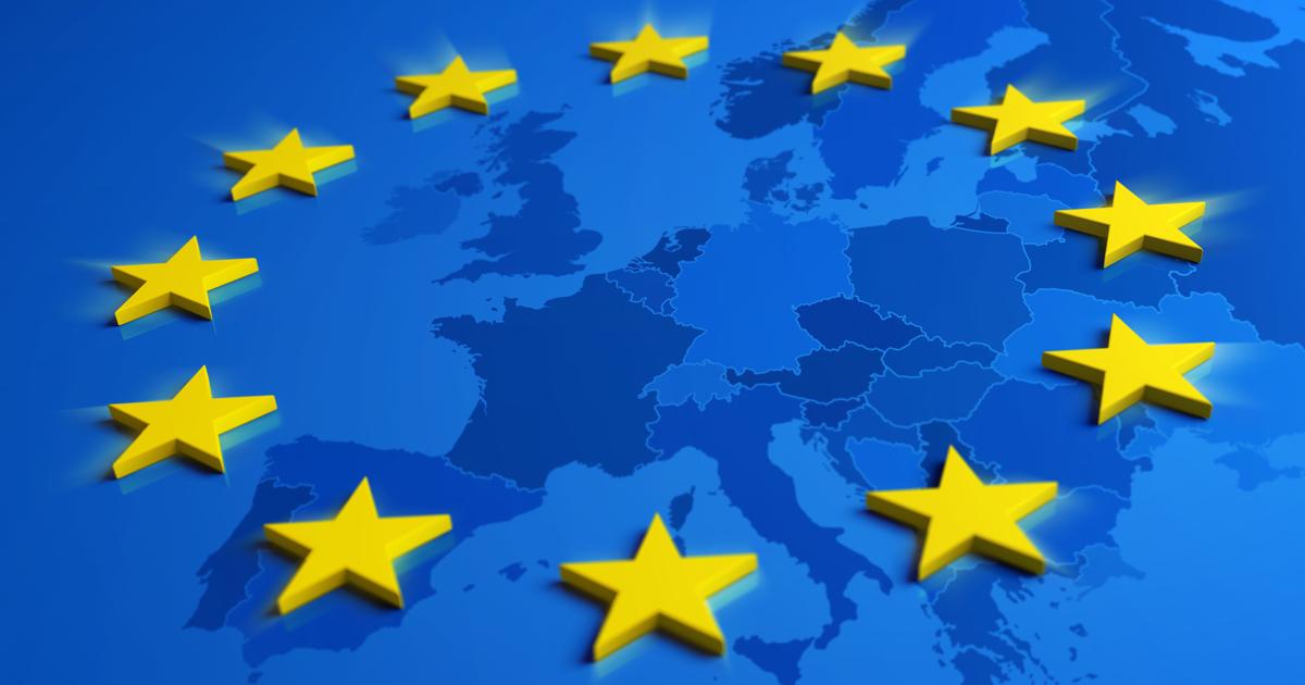 Étoiles du drapeau européen sur une carte de l'Europe