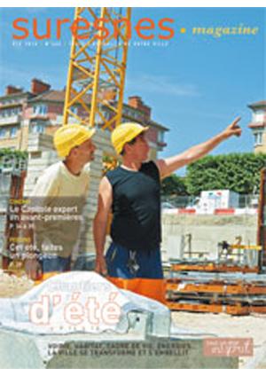 Couverture du Suresnes magazine de l'été 2015.